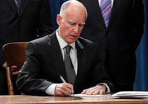 Gov-Brown-Signing-Bill